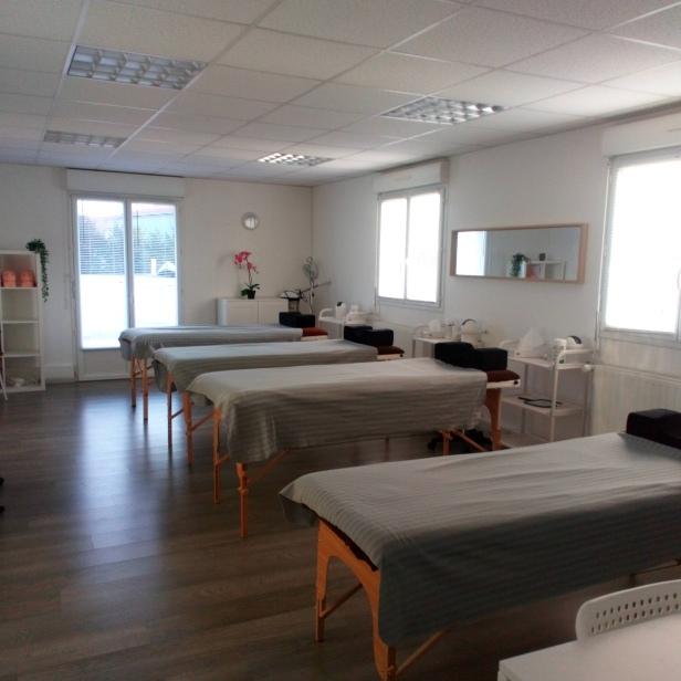 salle massages et techniques esthétiques